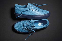 bo-suu-tap-sneakers-phong-cach-vui-nhon-fucking-awesome-x-vans-epoch-94-pro