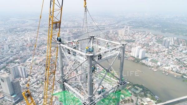 landmark 81 spire core system