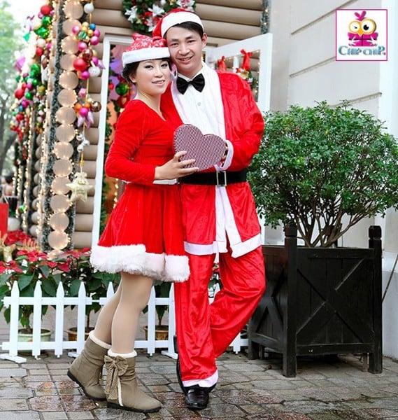 Bộ đồ cặp ông già Noel dành cho cặp đồi tình nhân