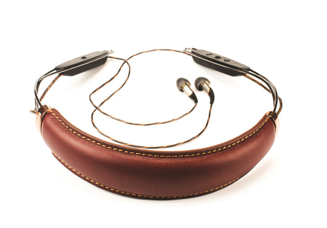 x12_neckband_brown_back