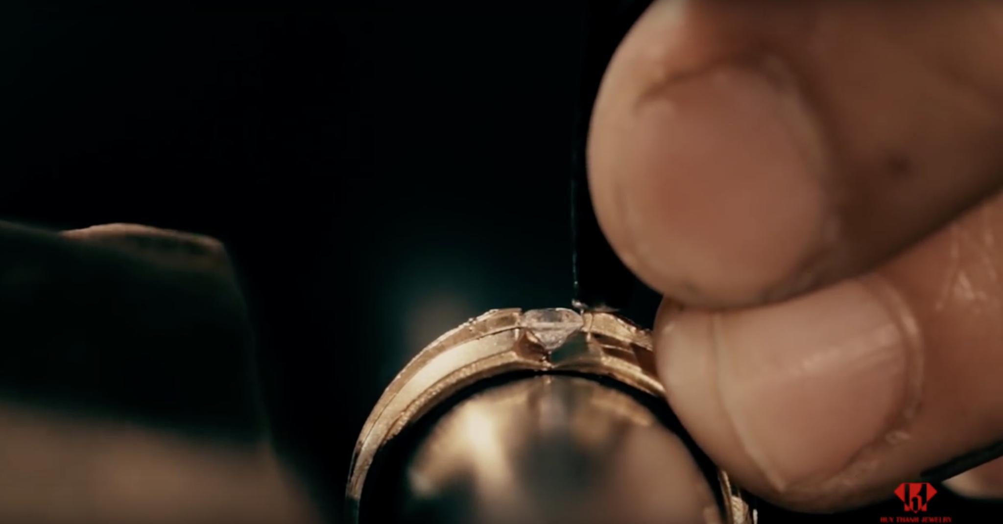 Nhẫn cưới đã được làm như thế nào?