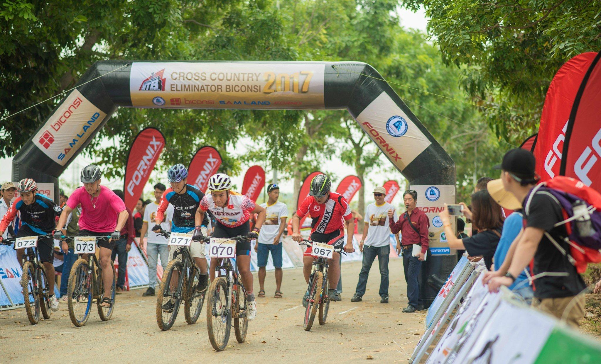 Giải đua xe đạp địa hình Vietnam MTB Series 2017 khởi tranh chặn đầu tiên đầy kịch tính