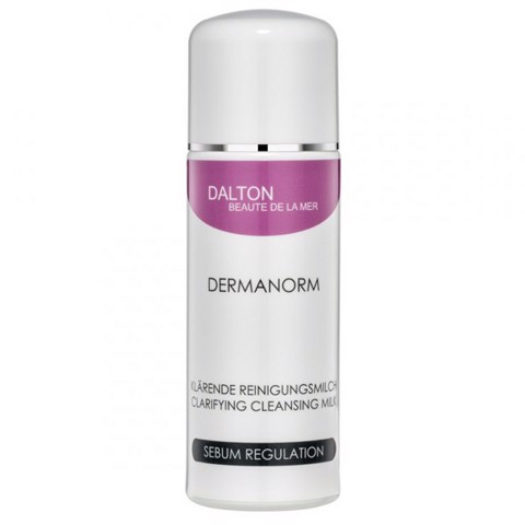 Dermanorm Cleansing Milk của Dalton