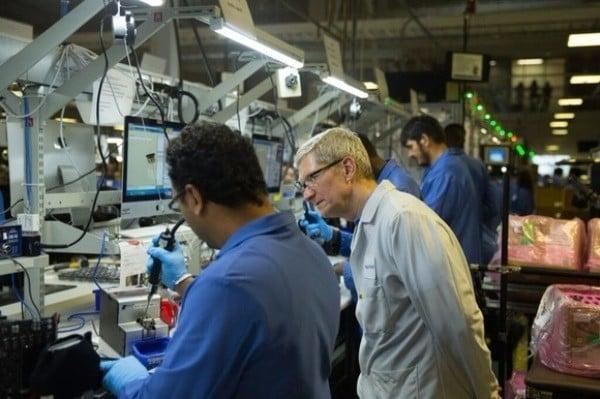 CEO của apple luôn đảm bảo 100% nhân viên sửu dụng giày chống tĩnh điện khi lắp ráp