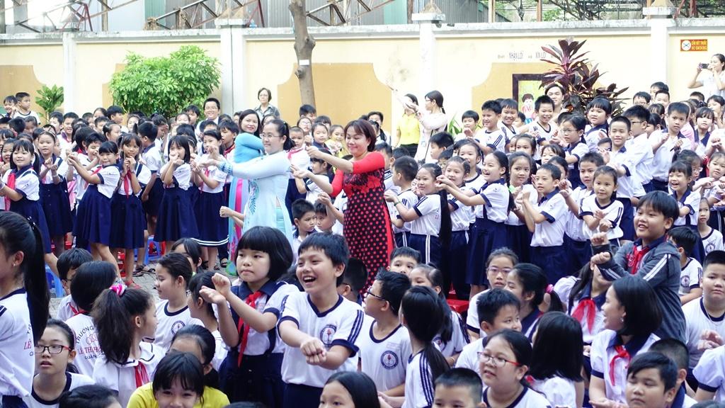 Ngày hội Tiếng Anh 2018 trường tiểu học Nguyễn Văn Trỗi & Lê Thị Hồng Gấm - Tân Bình