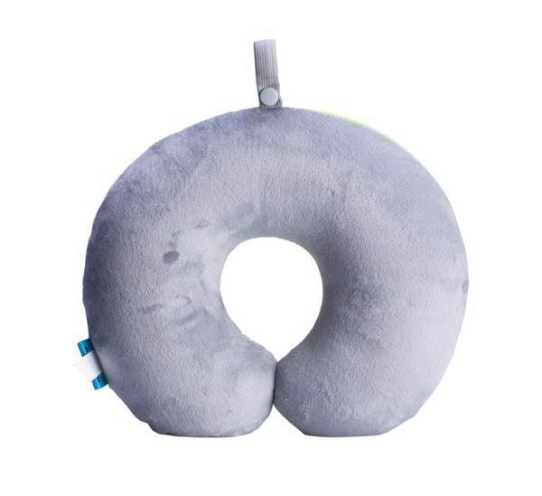 mặt màu ghi của gối kê cổ hạt xốp msquare dùng khi mùa đông đến