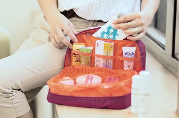mẫu túi đựng đồ cá nhân du lịch chống nước chính hãng msquare màu đỏ