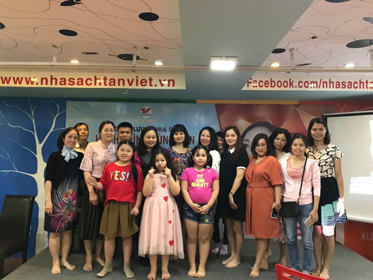 [28/4/2018] Sự Kiện Ra Mắt Nhà Sách Tân Việt 313 - 315 Bạch Mai