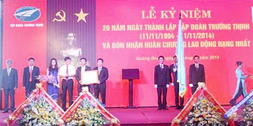 Tập đoàn Trường Thịnh đón nhận Huân chương Lao động hạng Nhất