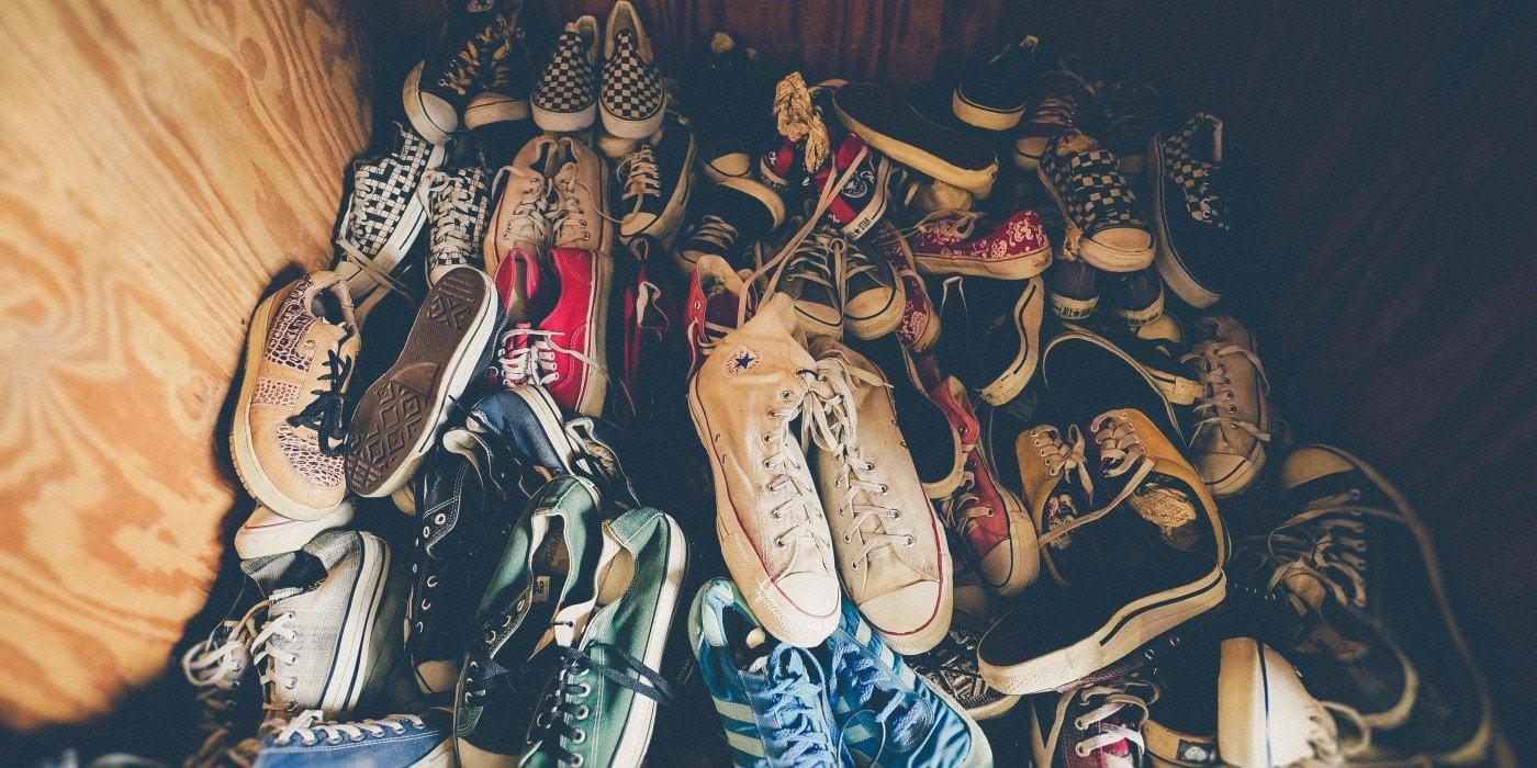 Mẹo loại bỏ mọi vết bẩn trên đôi Sneakers