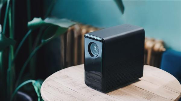 Xiaomi ra mắt máy chiếu MIJA Projector