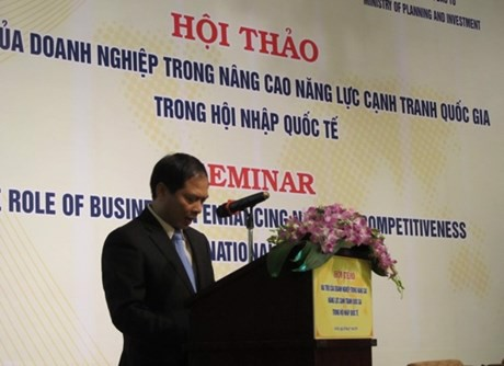Chairman - General Director of TrungThành, Mr. Phi Ngoc Chung attends the seminar