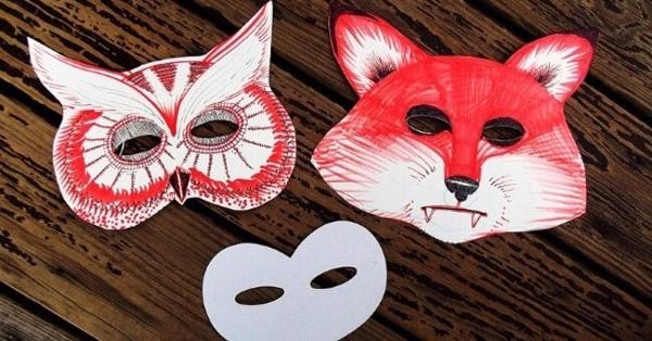 Mặt nạ hóa trang Halloweenđược làm bằng giấy