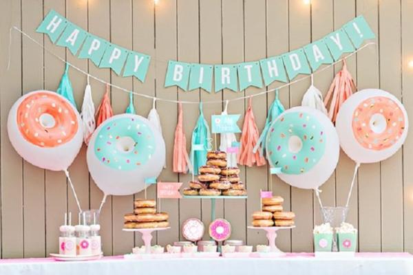Trang trí sinh nhật tại nhà cho bé