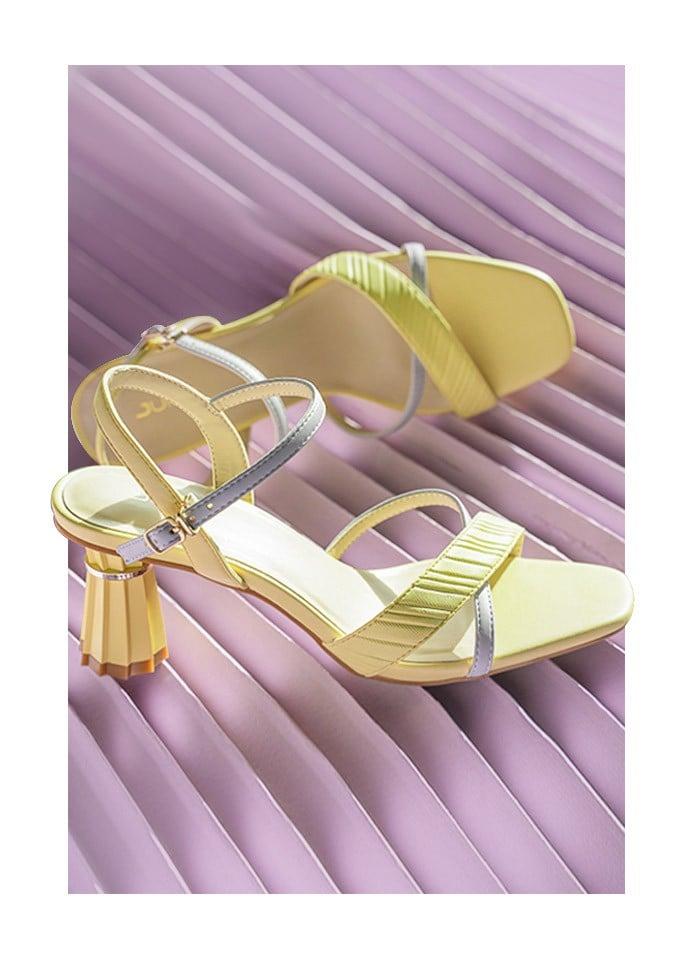Giày boot hoa văn tartan