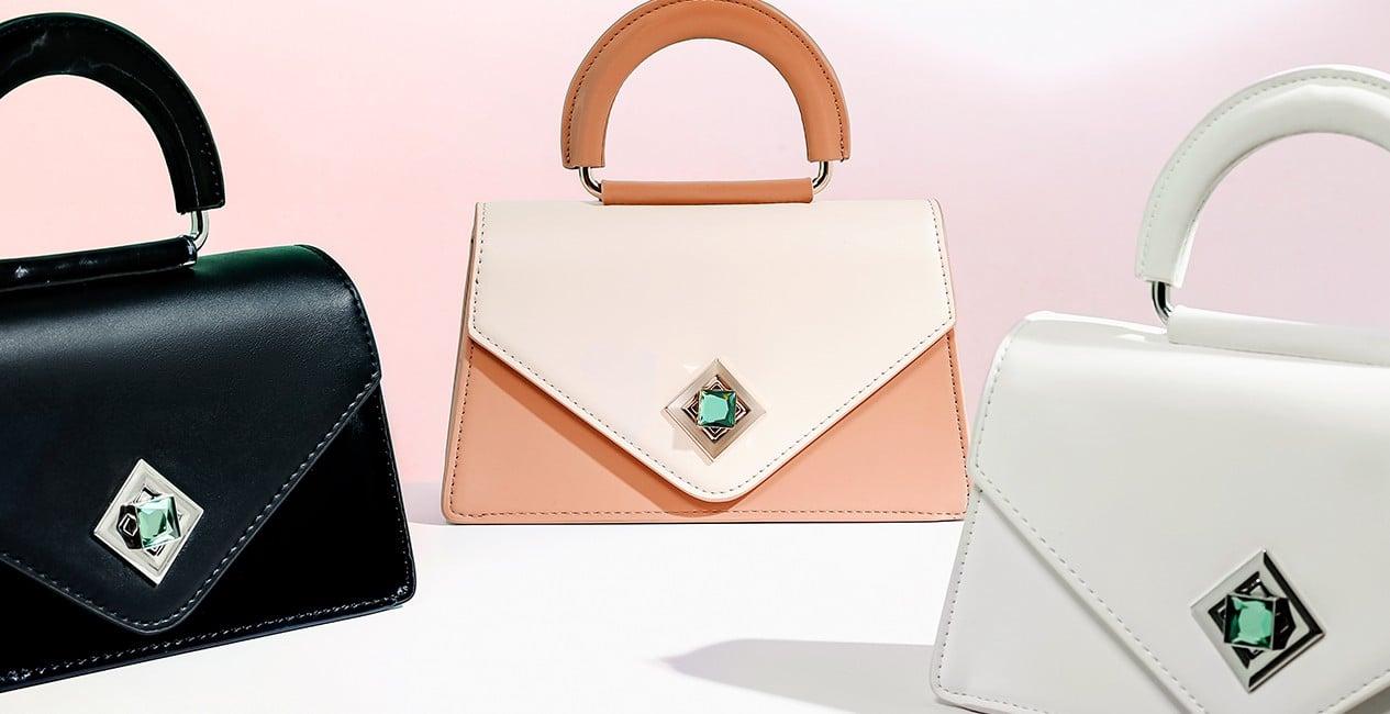 Túi xách nhỏ phối 2 chất liệu khóa trang trí đính đá Princess