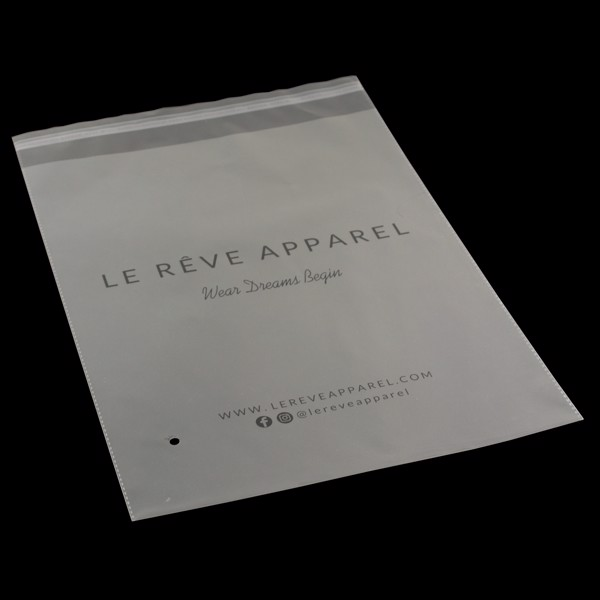 tui-opp-in-le-reeve-apparel