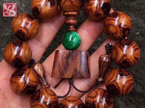 gỗ sưa đỏ hải nam