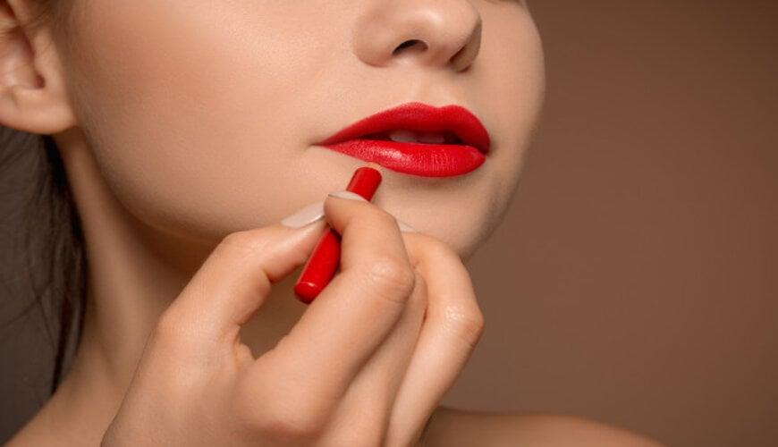 cách đánh son môi đẹp