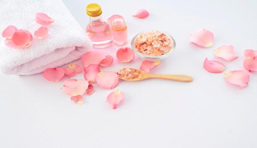 bảo quản nước hoa hồng đúng cách