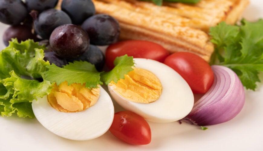 chế độ dinh dưỡng ngăn ngừa rạn da
