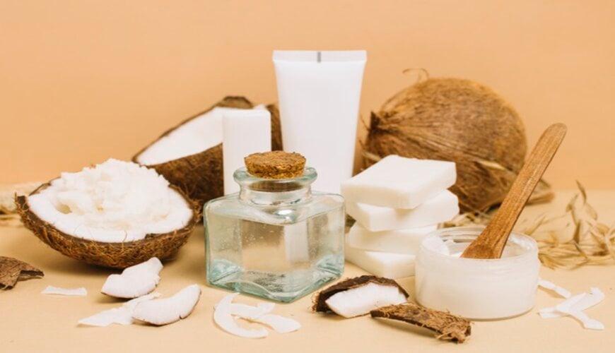 dưỡng da khô bằng dầu dừa