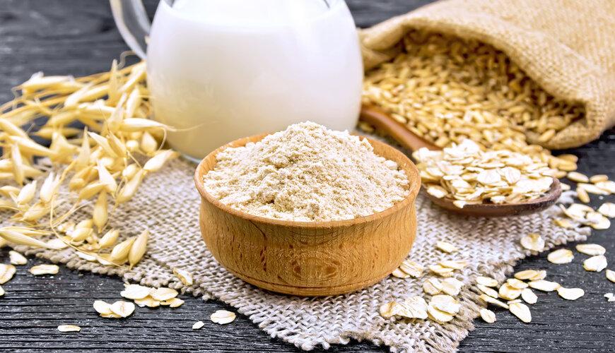 dùng bột yến mạch dưỡng ẩm cho da khô
