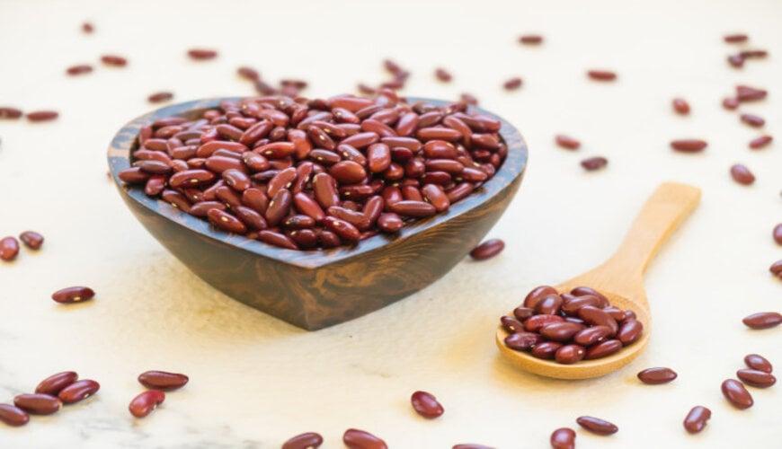 cách dưỡng trắng da bằng đậu đỏ