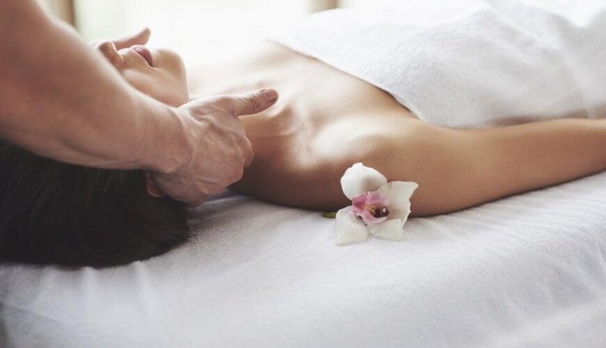 massage nâng cơ mặt chống lão hóa