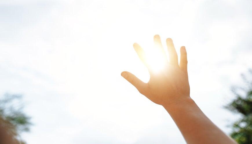 bảo vệ da trước ánh nắng mặt trời