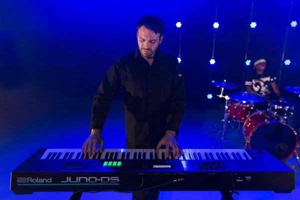 Vì sao bạn nên chọn chơi đàn organ thay vì các loại nhạc cụ khác ?