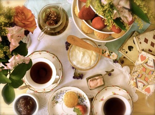 tiệc trà chiều ở Anh