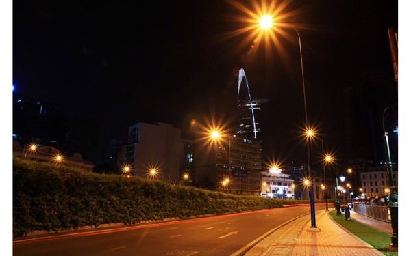 Đèn led chiếu sáng đường phố màu vàng