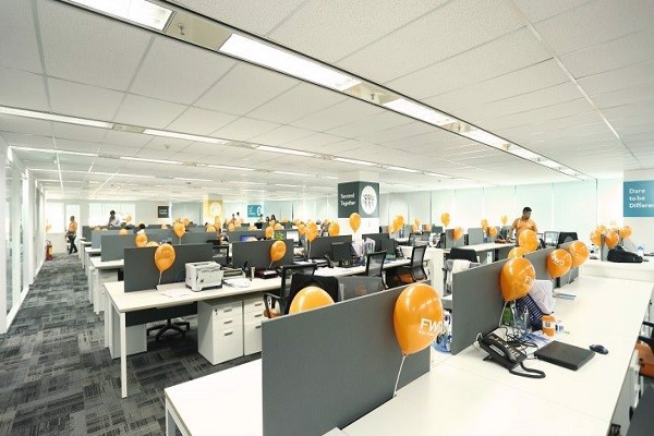 Hệ thống đèn âm trần văn phòng