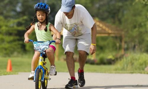 Nên lựa chọn mua xe đạp trẻ em phù hợp với trẻ