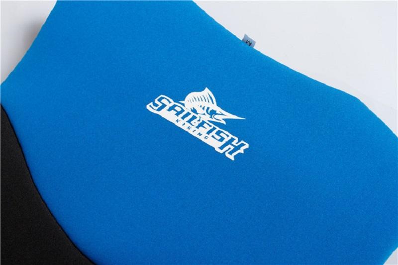 Cận cảnh lớp cao su tổng hợp Nepprene của áo phao bơi Sailfish Xanh Blue