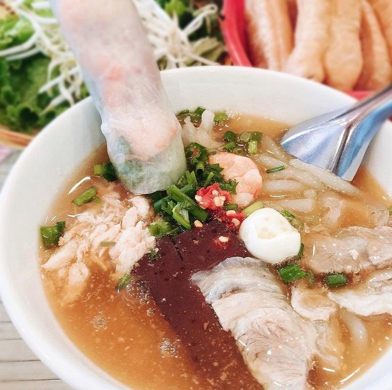 buổi sáng ăn gì ở Vũng Tàu