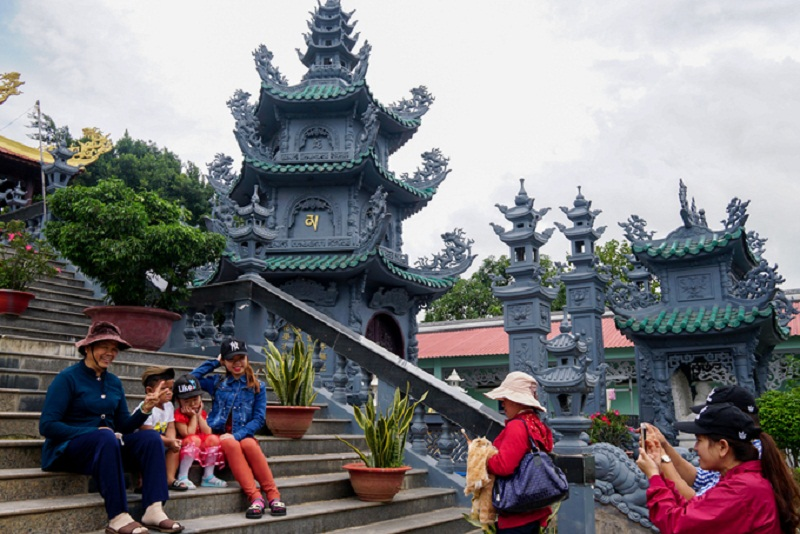 chùa đẹp quận 9