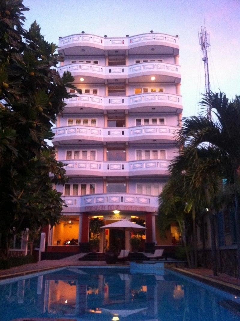 khách sạn lagi bình thuận