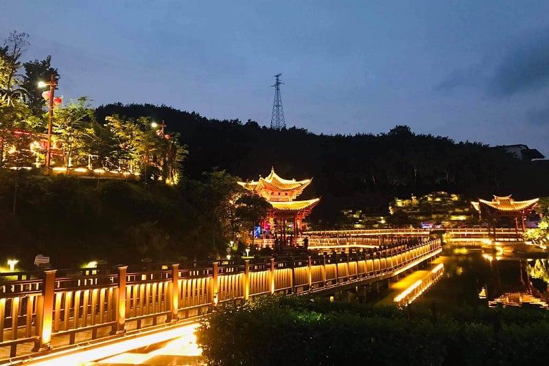 Công viên Sơn Lâm Hà Khẩu về đêm