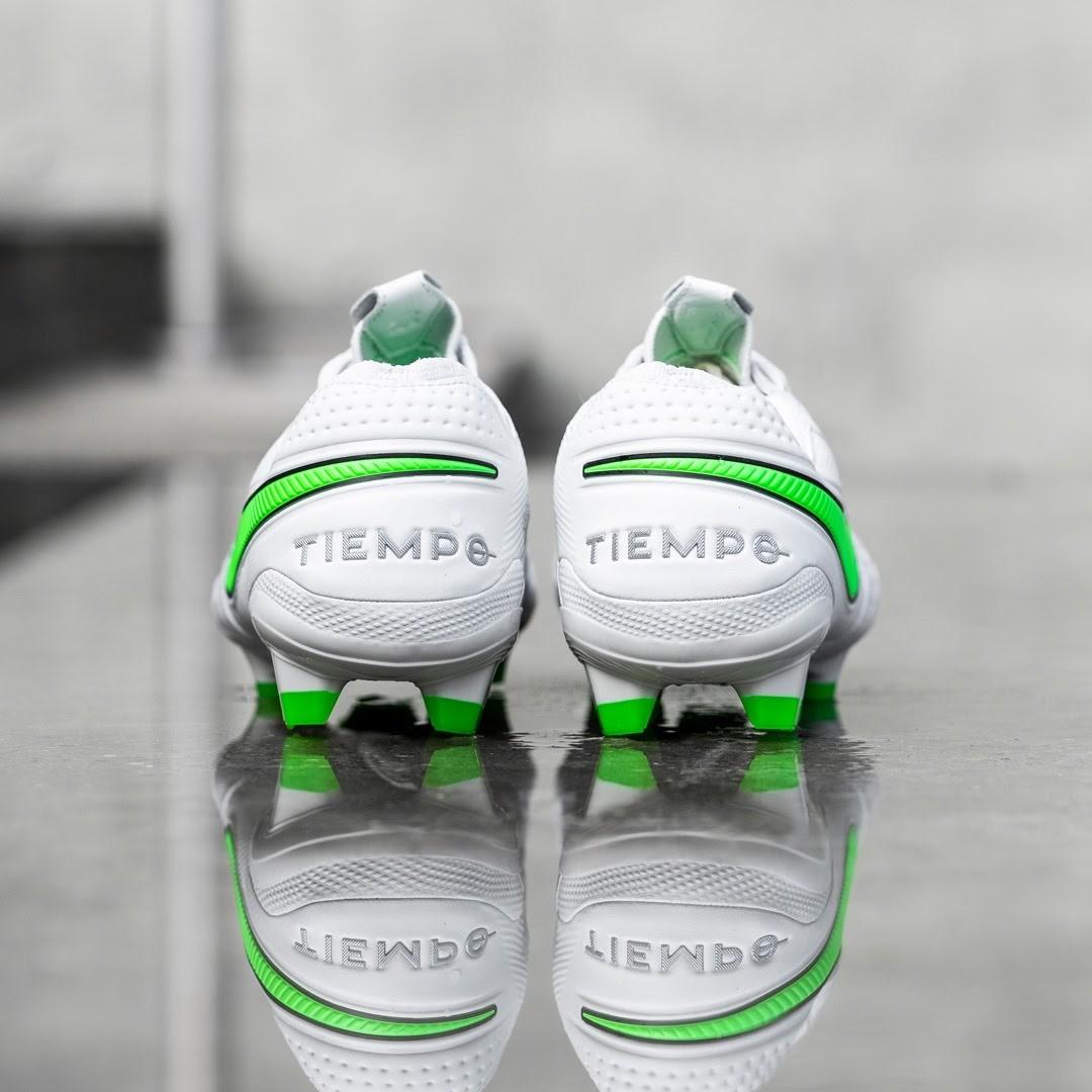 Giày đá bóng Nike Tiempo Legend VIII