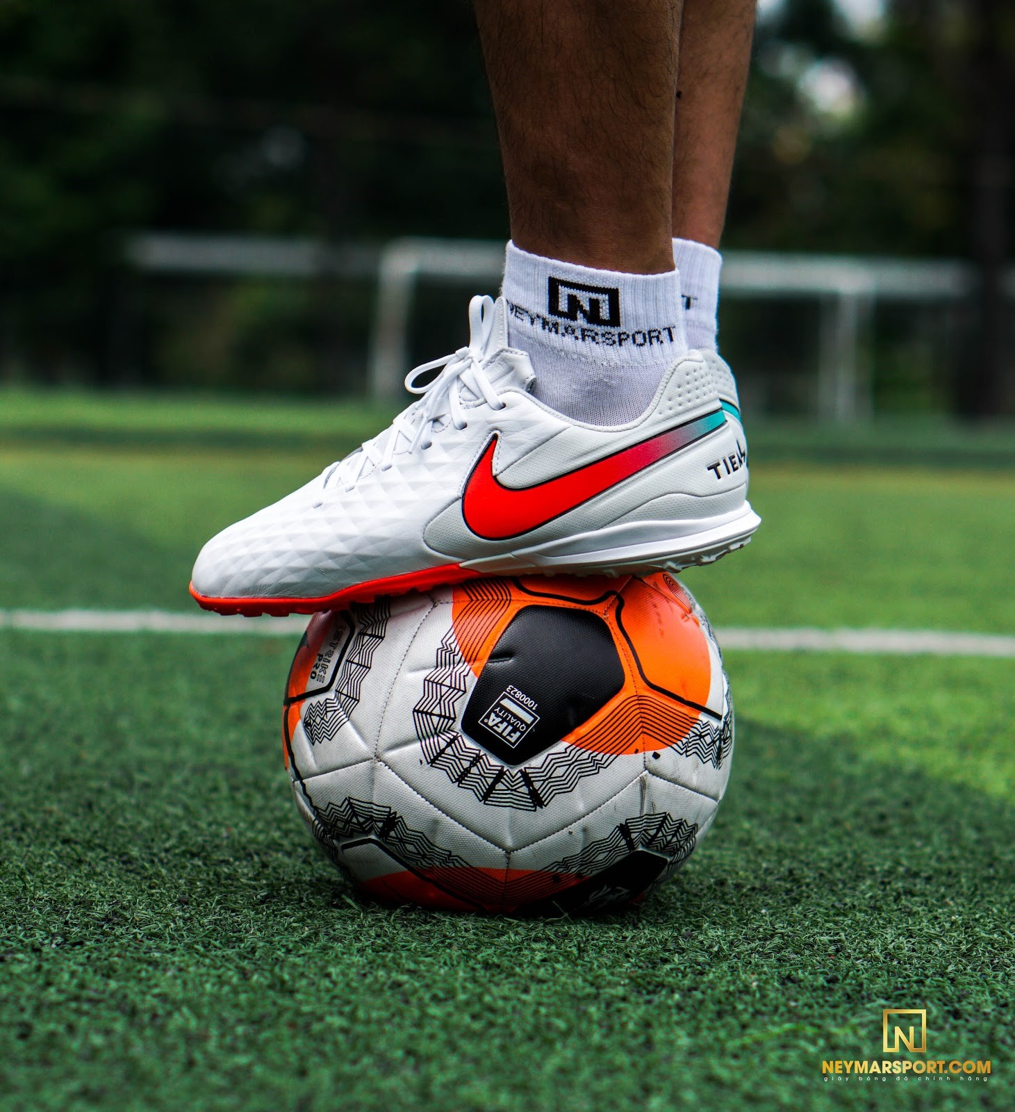 Giày đá banh Nike Tiempo Legend 8 Academy TF Flash Crimson