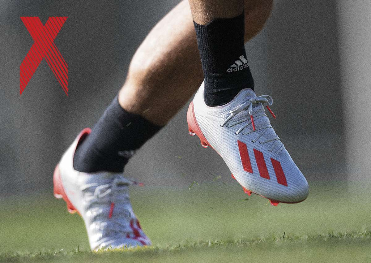 Giày đá banh Adidas X