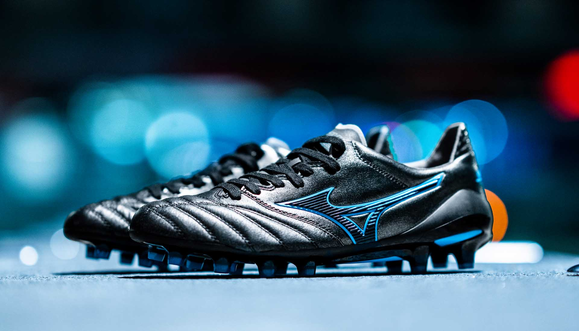 Giày đá banh chính hãng. Giày đá banh cho tiền vệ. Giày đá banh Mizuno