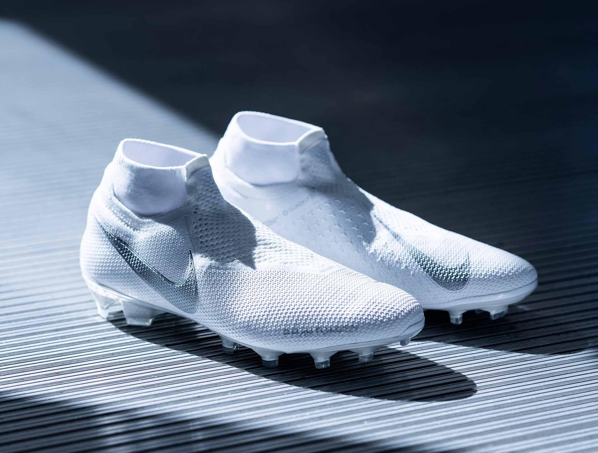 Giày đá banh Nike PhantomVSN từ bộ sưu tập