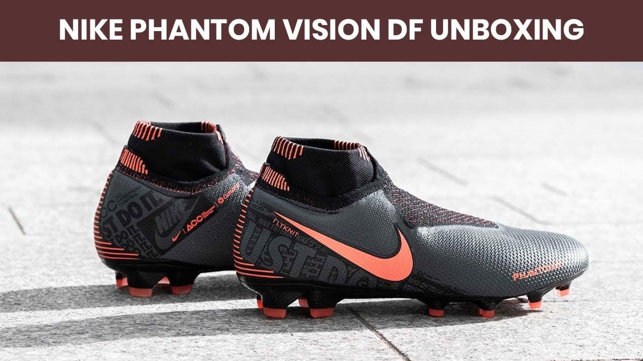 Giày đá bóng Nike Phantom Vision