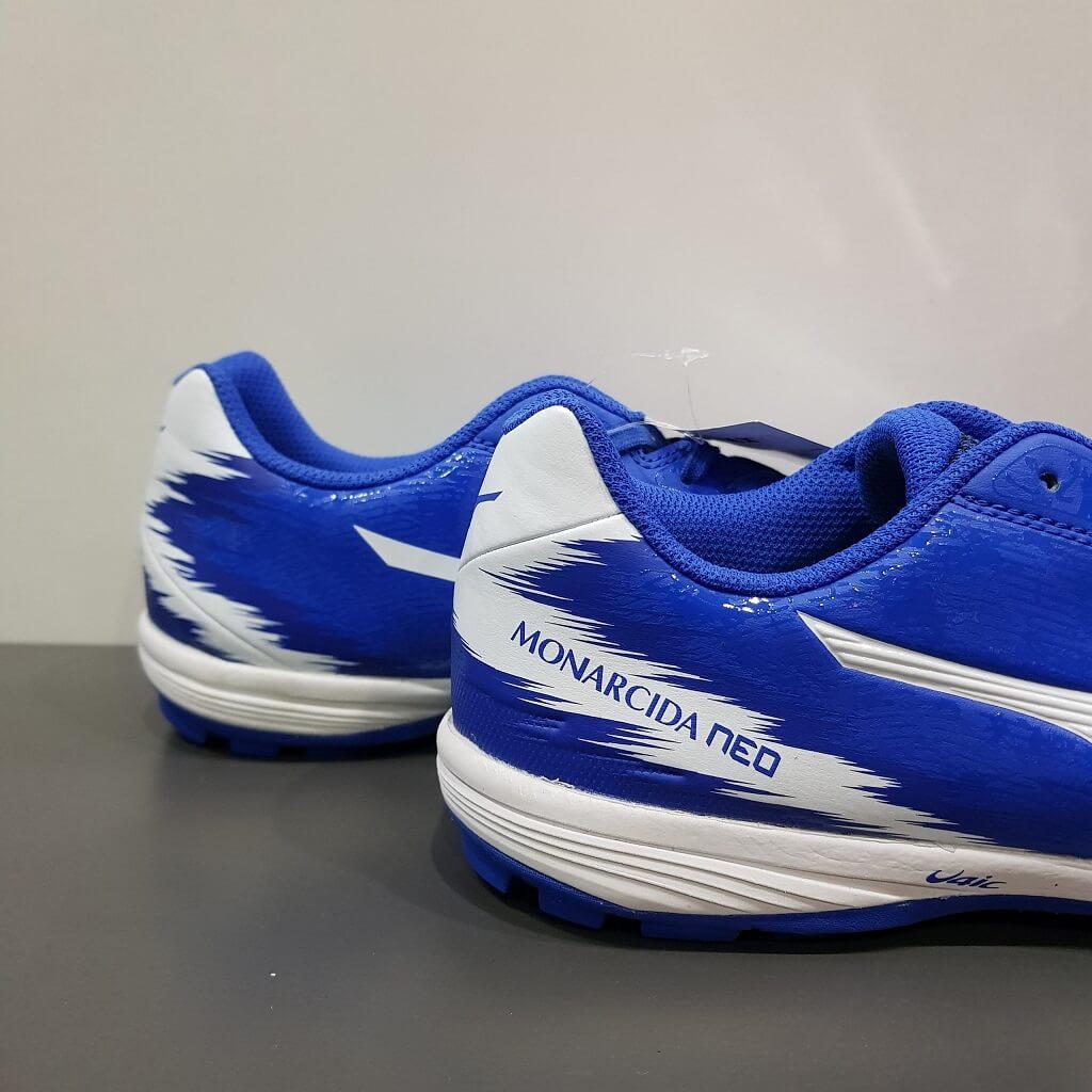 Giày đá banh Mizuno Monacida 3