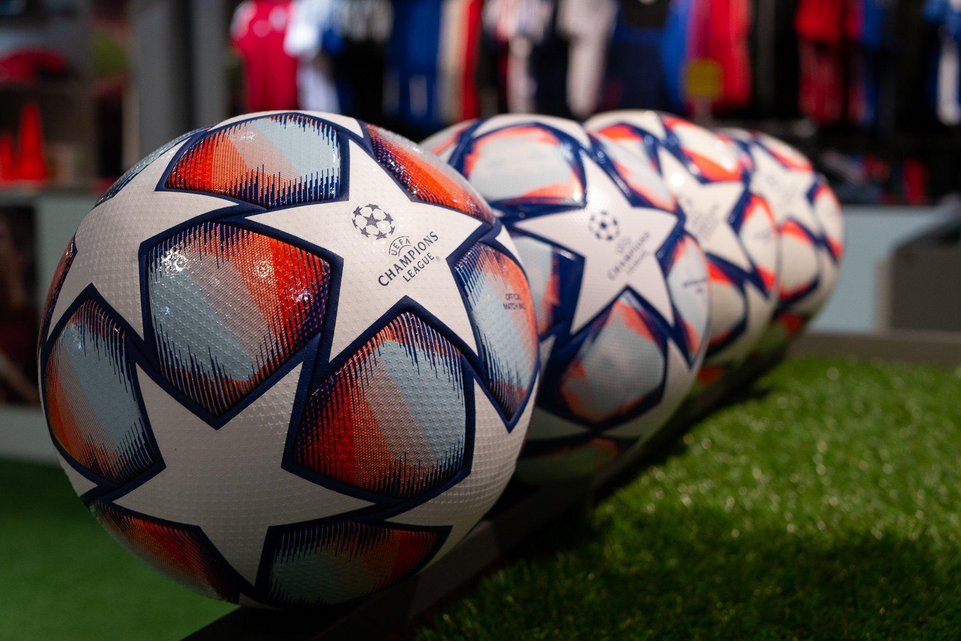 Quả bóng Adidas Champions League 20/21 Match Ball