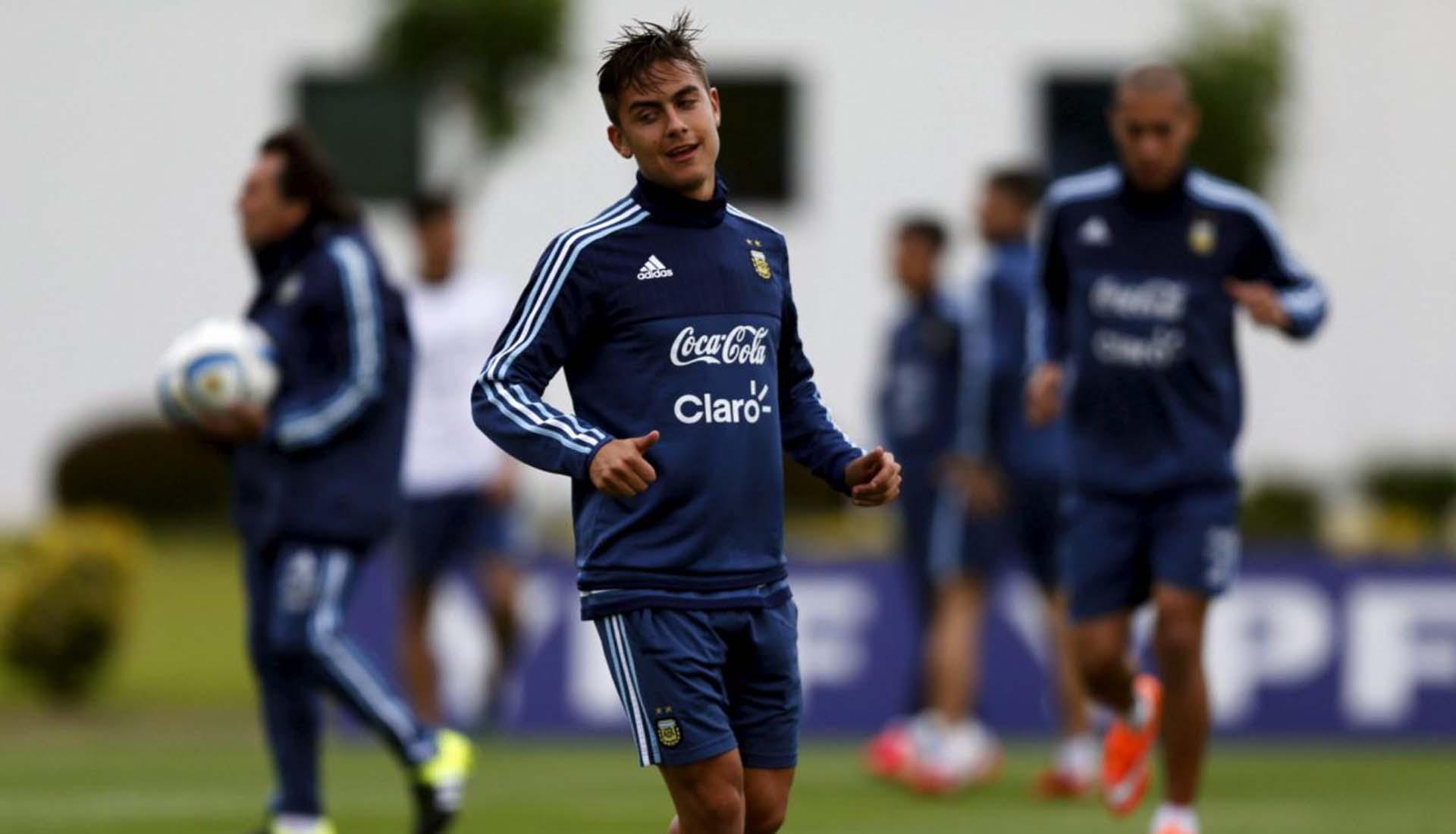 Dybala tập luyện cùng giày đá banh thế hệ mới của Adidas Copa 2021