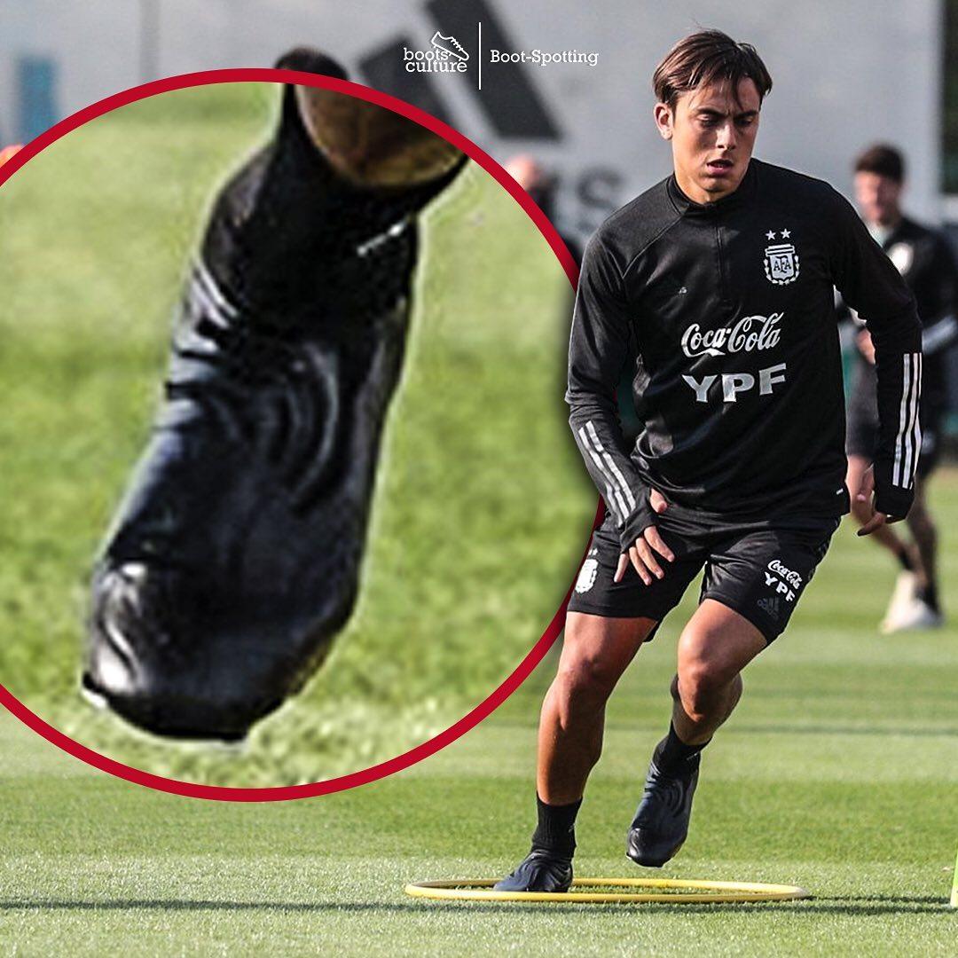 Paulo Dybala là gương mặt đại diện cho mẫu giày Adidas Copa boot silo.